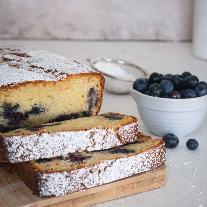 blueberries-cake-food-stylism-photography